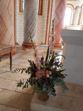 85__grand vase rose composition-eglise